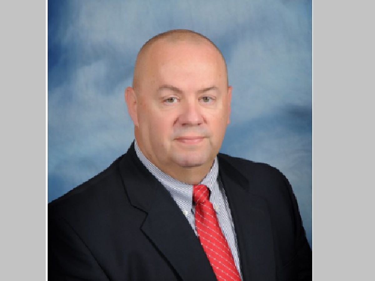 Arkansas school superintendent dies from COVID-19