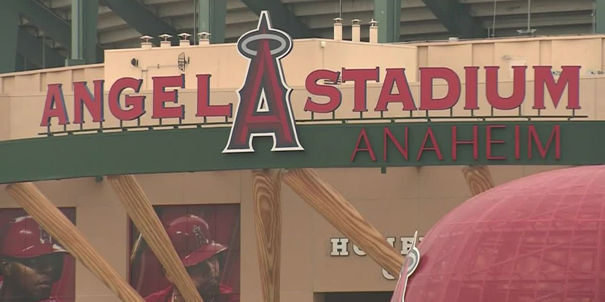 Officer accused of recording men in MLB stadium restroom