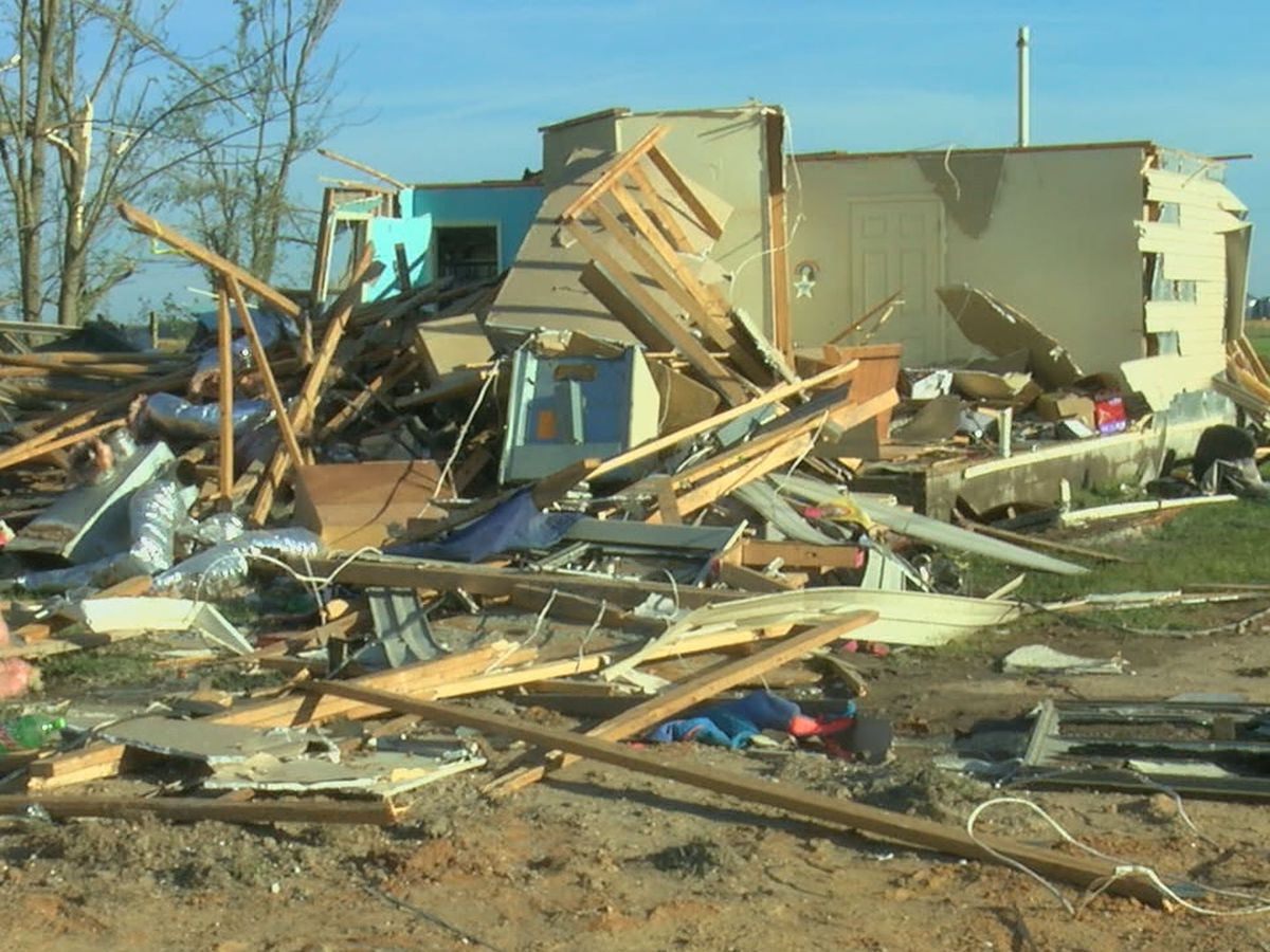 Chamber of Commerce, others collecting donations for Harrisburg tornado victims