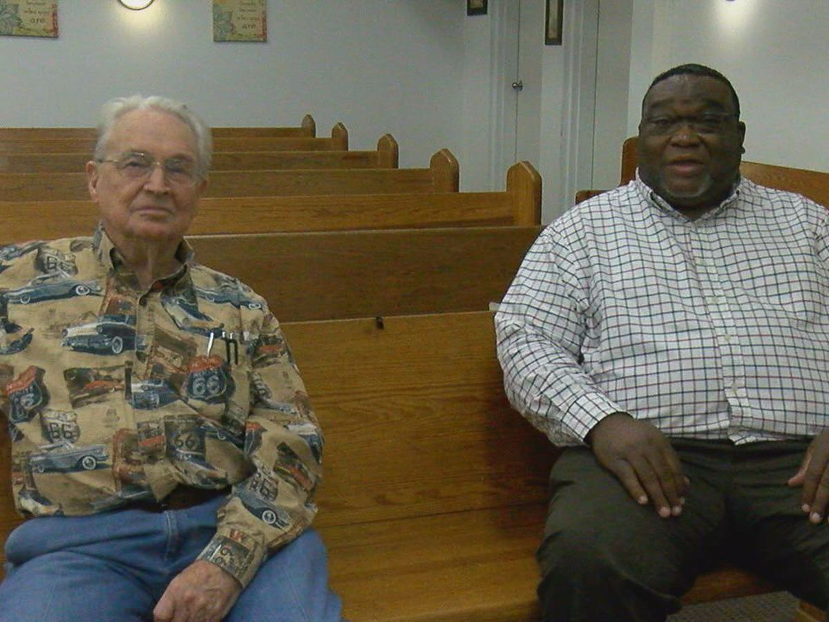 Kennett pastor gets free church after original building destroyed