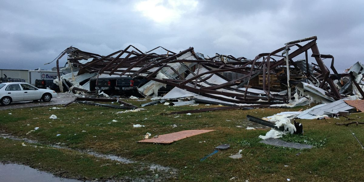 4 dead, several injured across South in outbreak of twisters