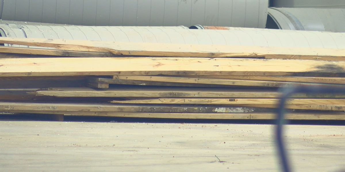 Lumber price increase impacts construction company