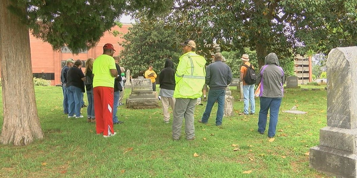 People learn how to restore headstones