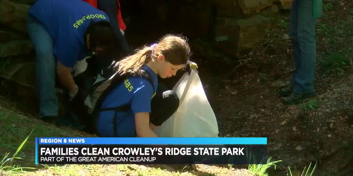 Families Clean Crowley's Ridge State Park