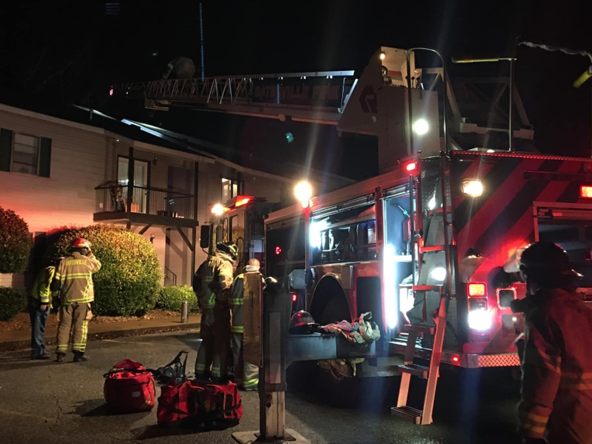 Batesville firefighters respond to apartment fire