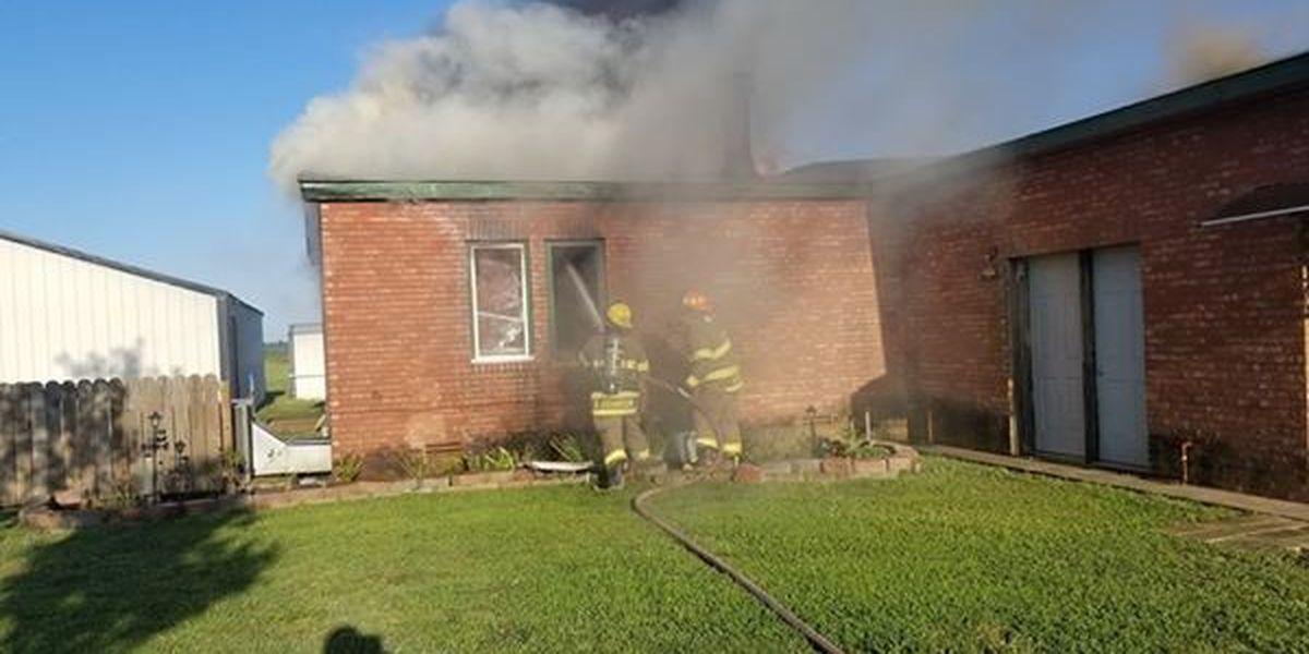Crews battle house fire near Portageville, Mo.