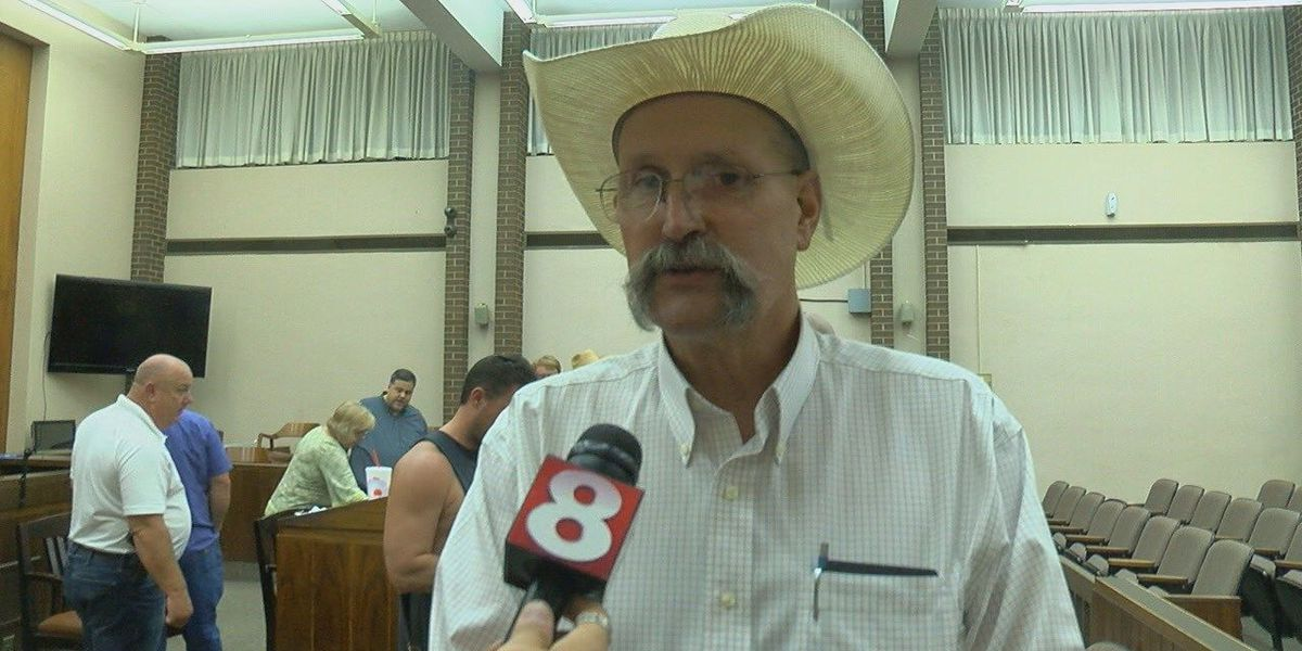Lawrence County Democrats select a county judge nominee