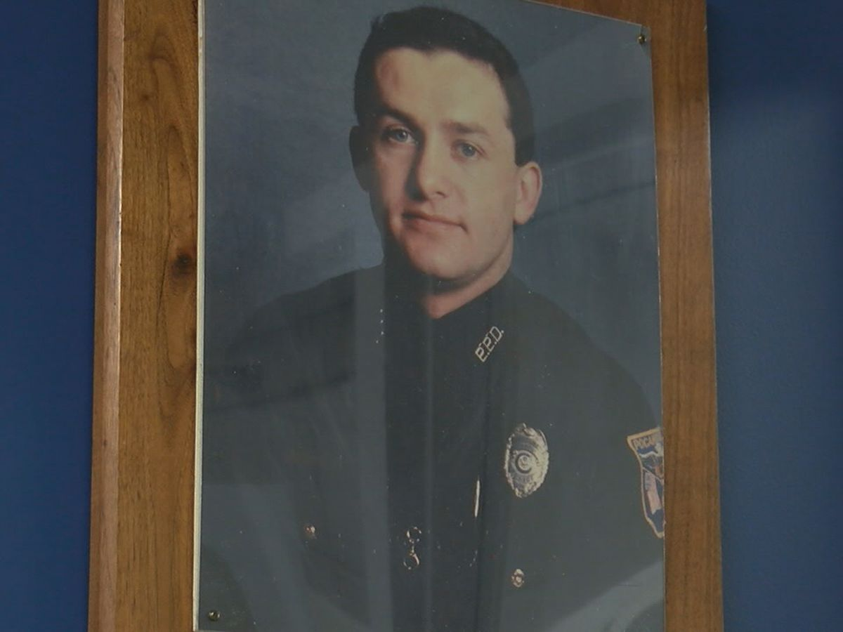 Pocahontas community honors officer killed 30 years ago Thursday