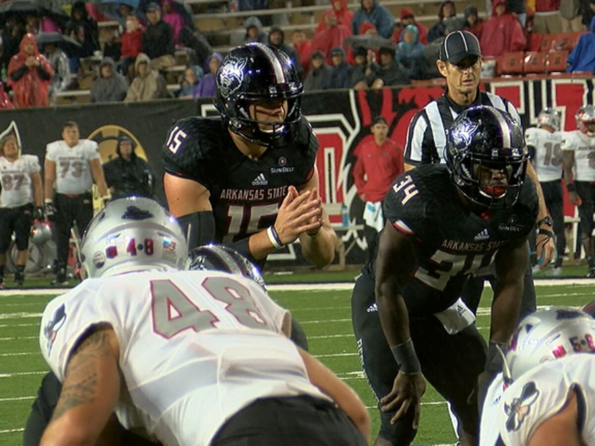 Hansen has 3 TDs, Jacobs 2 INT as Arkansas State beats UNLV