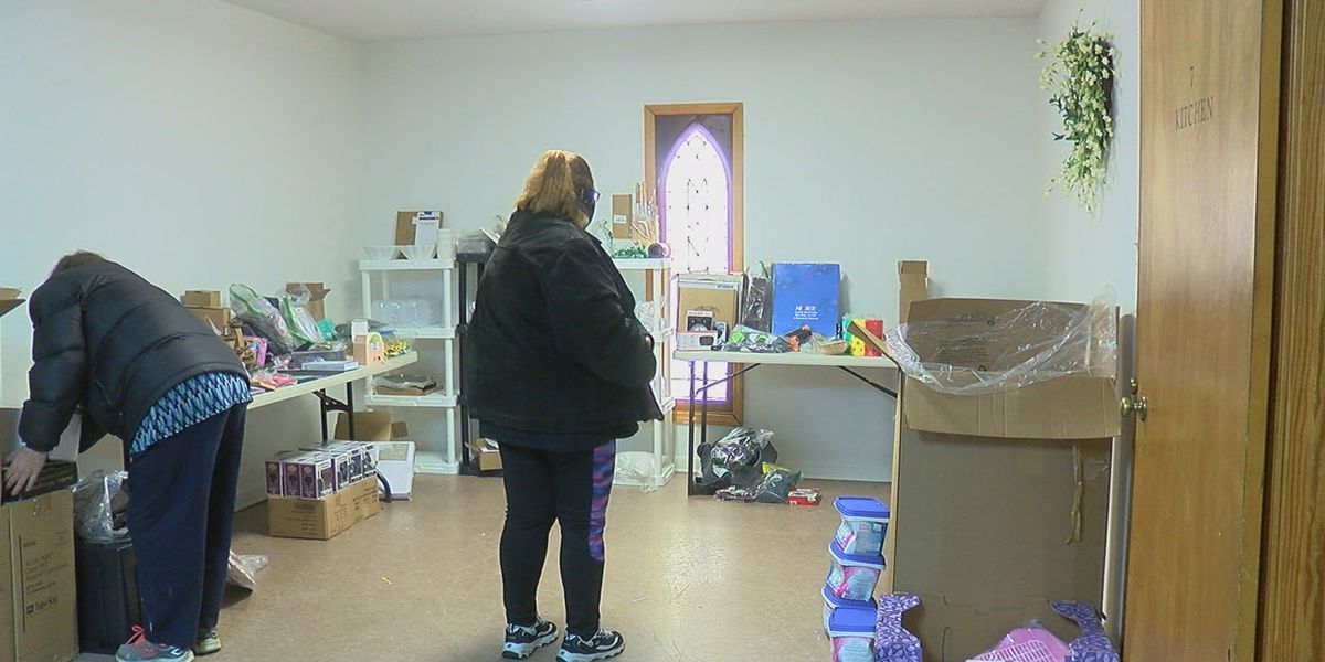 Church celebrates new year by giving back to the community