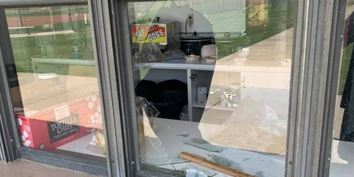 Sports complex concession stand vandalized in Wynne