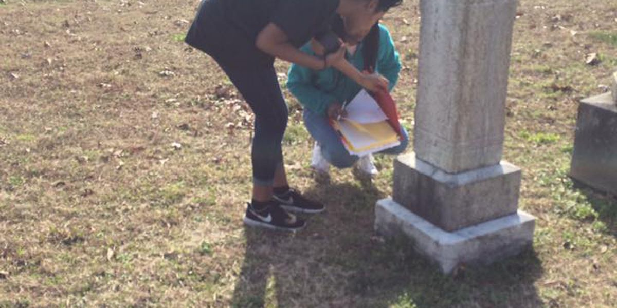 Students map oldest cemetery in city