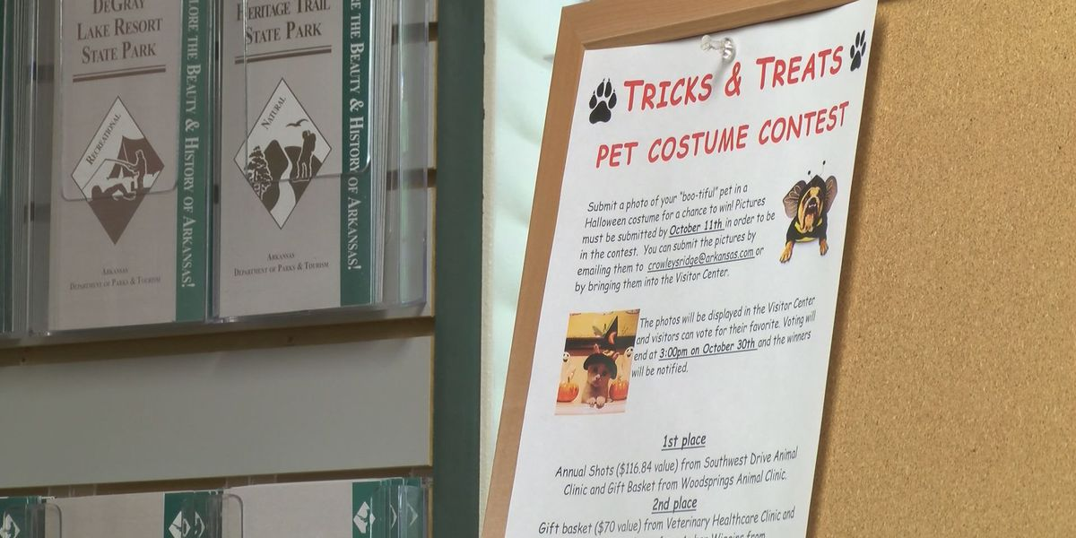 Crowley's Ridge asks for Halloween costumed pets
