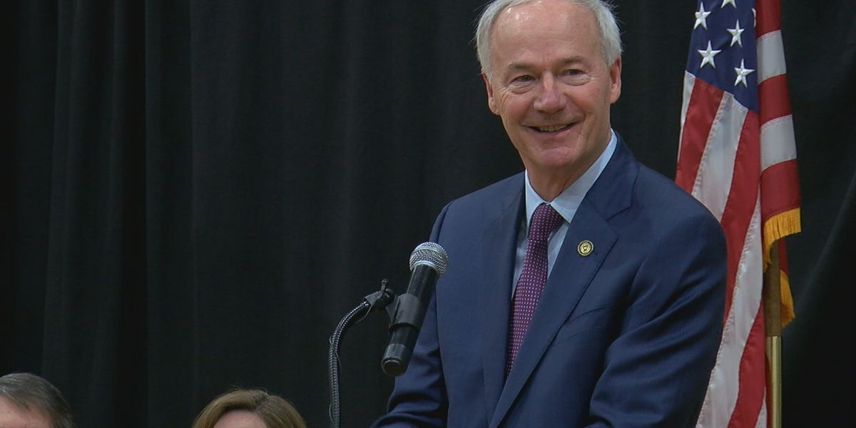 Gov. Hutchinson looking to make 'America Strong and Free'