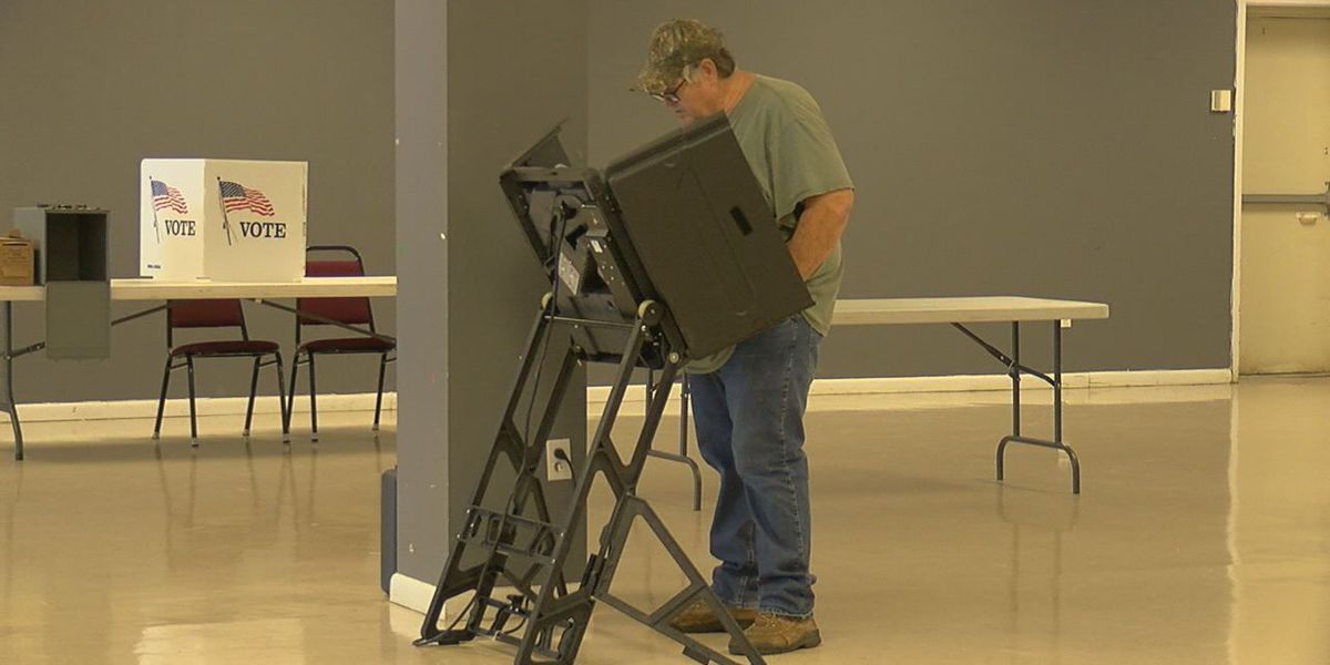 Early voter numbers low in Lawrence County