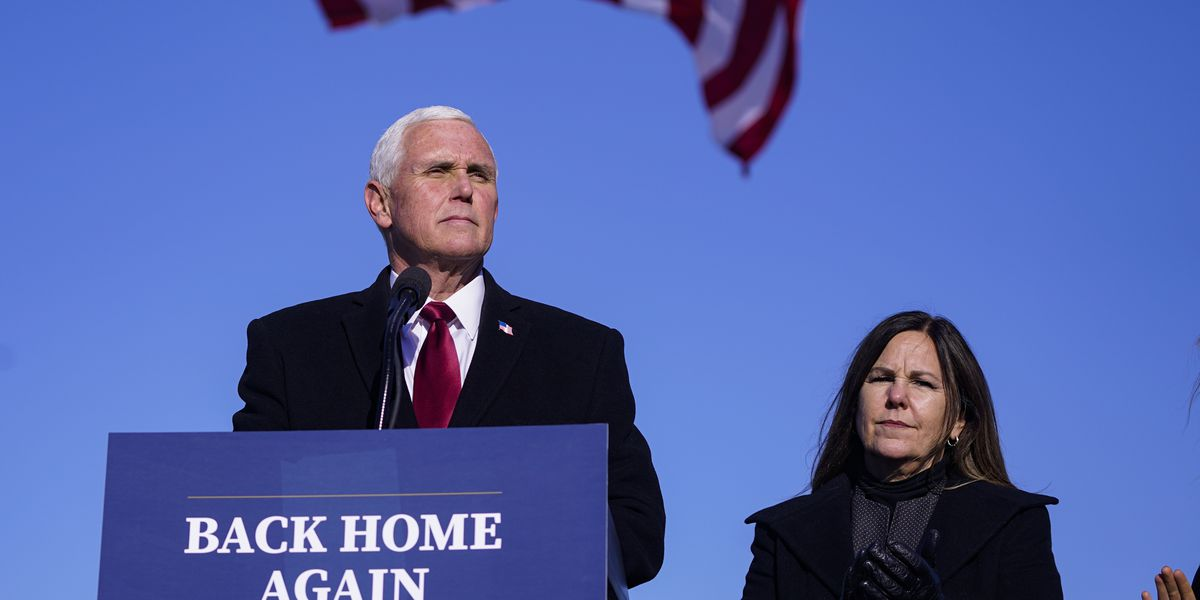 Pence launches group as Trump officials line up new roles