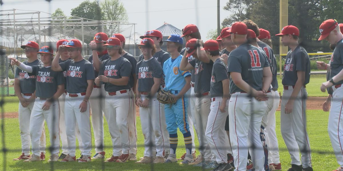 Baseball team honors player's family impacted by cancer