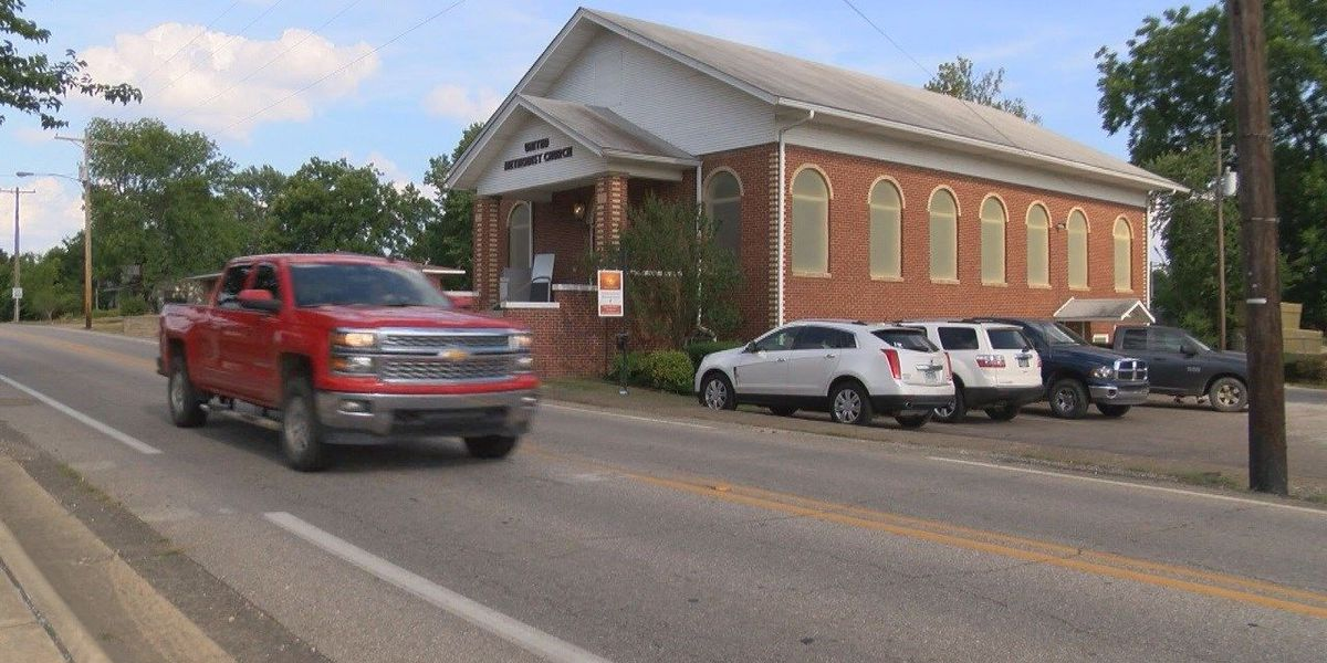 Church posts warning about gay pride event at AR theme park