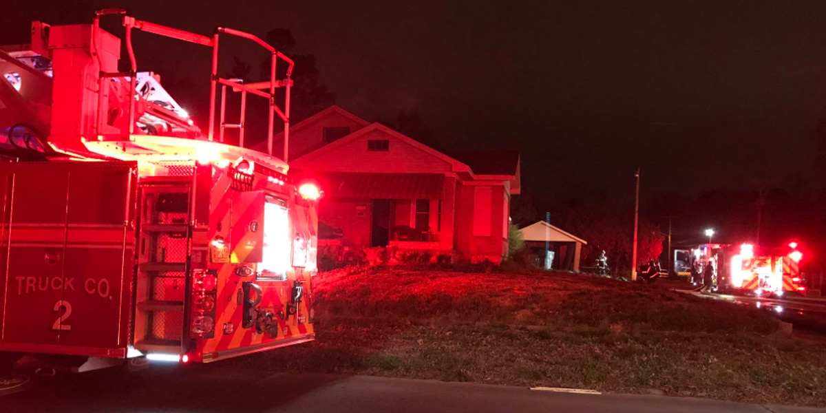 Crews battle house fire in Jonesboro