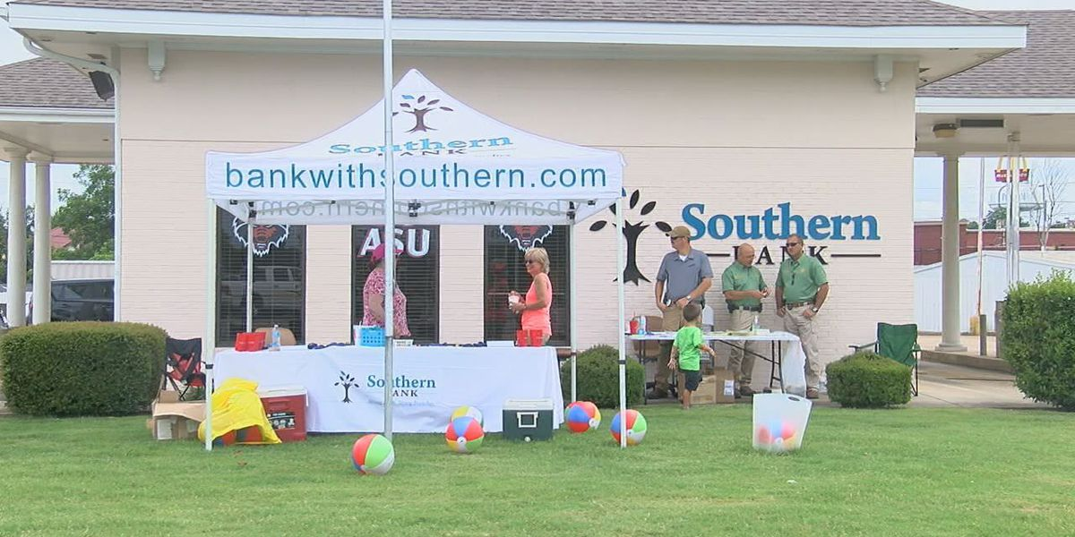 Bank hosts back-to-school block party
