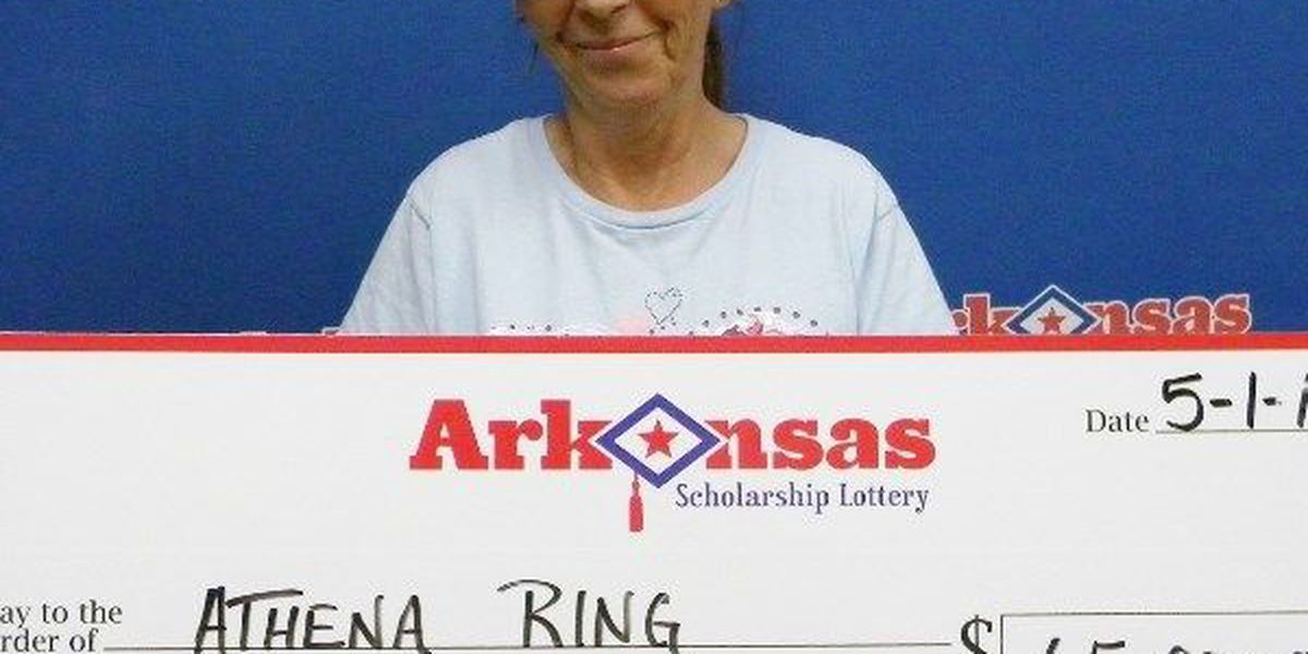 Blytheville woman hits jackpot with $1 ticket