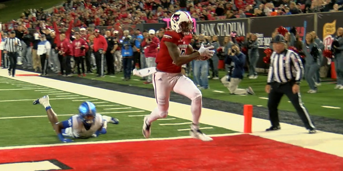 Arkansas State WR Jonathan Adams on Biletnikoff Award watch list