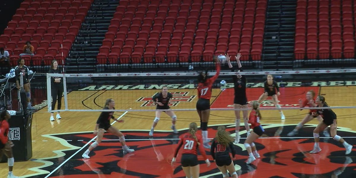 Red beats Black in A-State volleyball team scrimmage