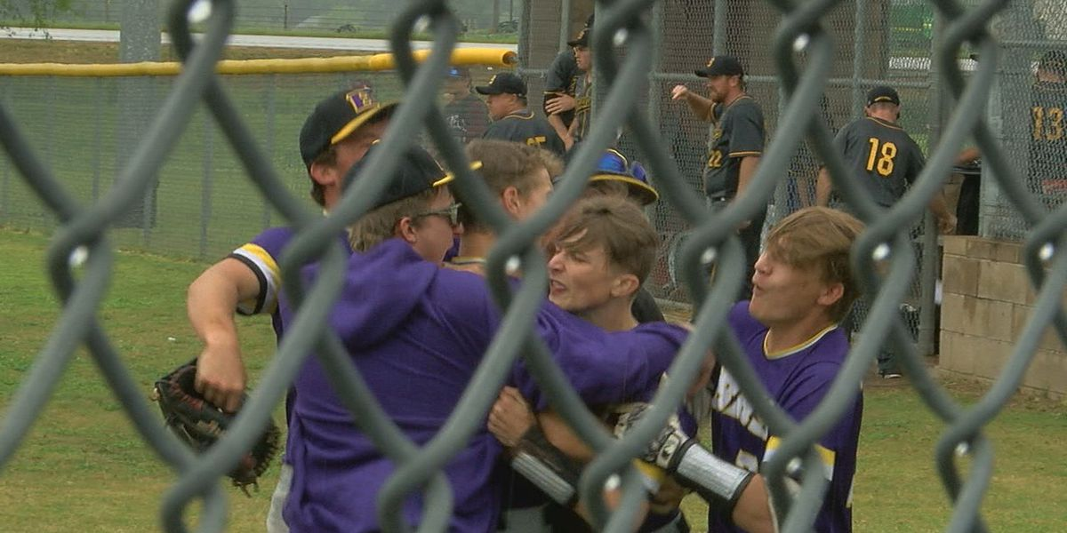 Bay baseball and EPC softball move on to 2A regional title games