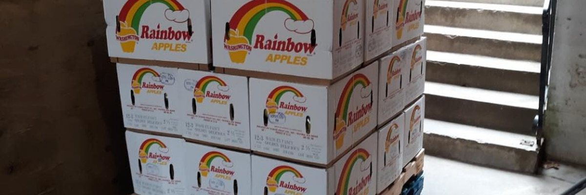 Area food pantry providing golden apples