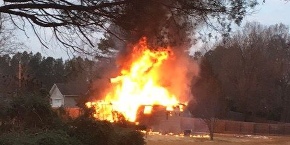 Fire destroys home in Craighead County