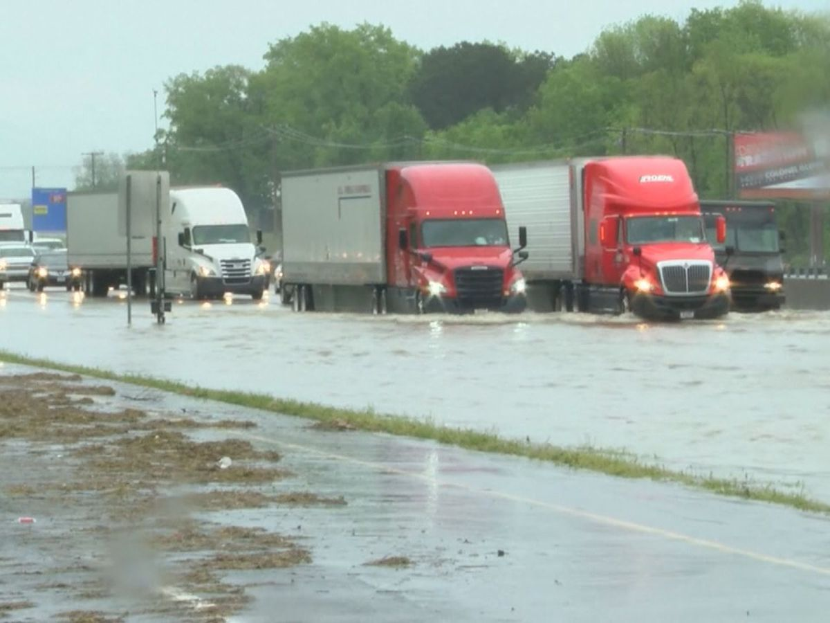 Flash flooding prompts I-30 closure, water rescues in central Arkansas