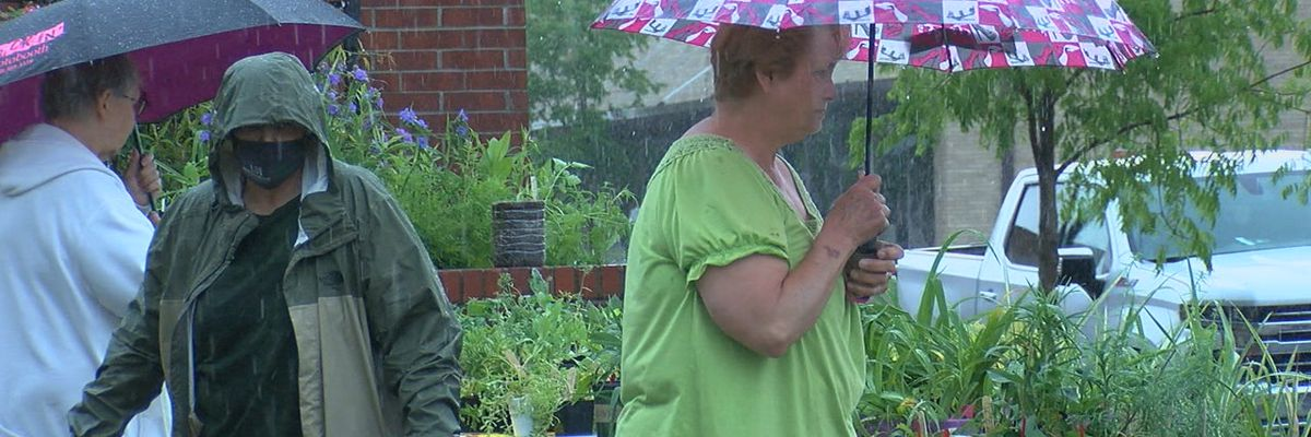 Paragould Farmers Market has rainy but successful opening