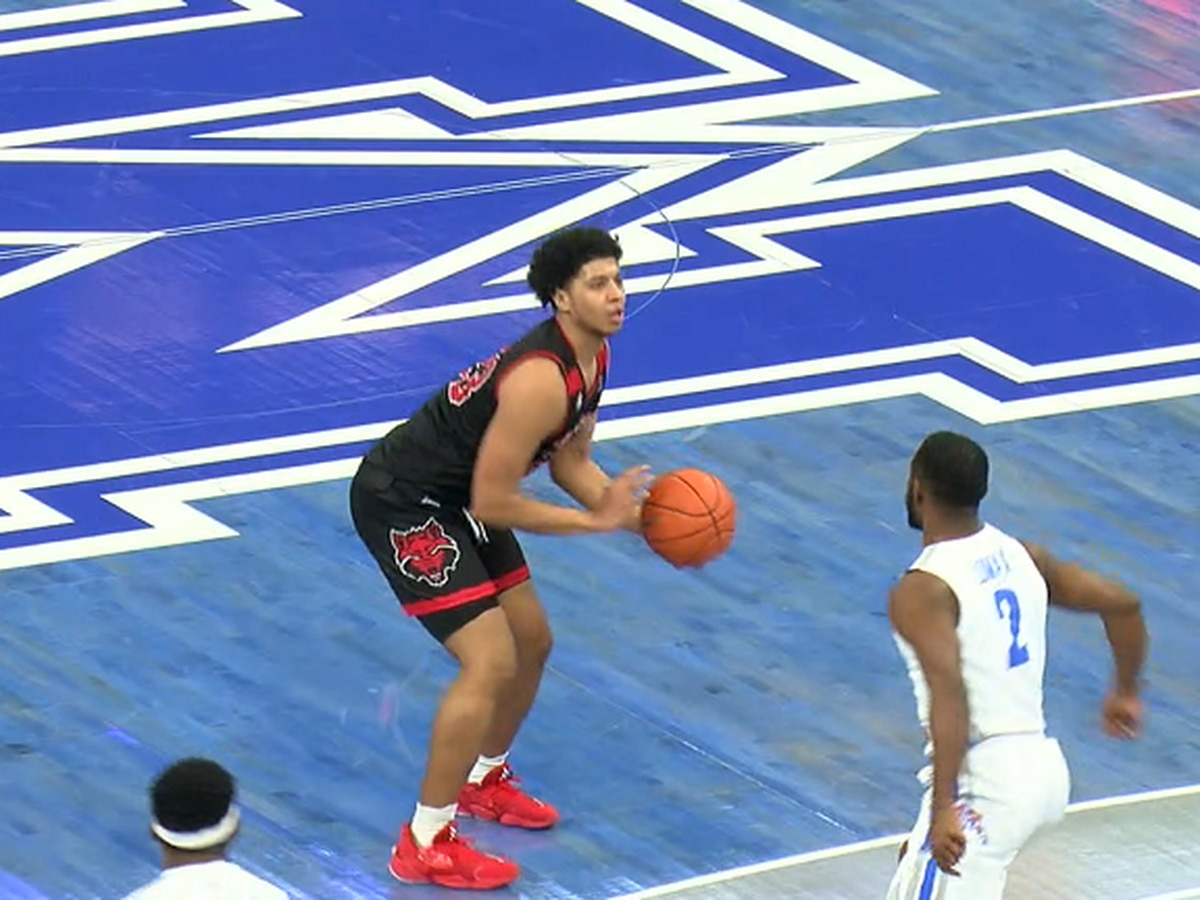 Eaton & Davis had 13 pts but A-State men fall at Memphis