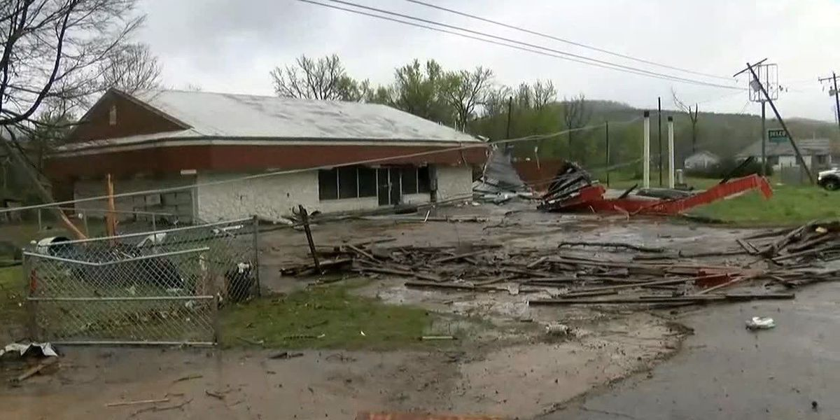 Arkansas governor allows grant for tornado disaster relief