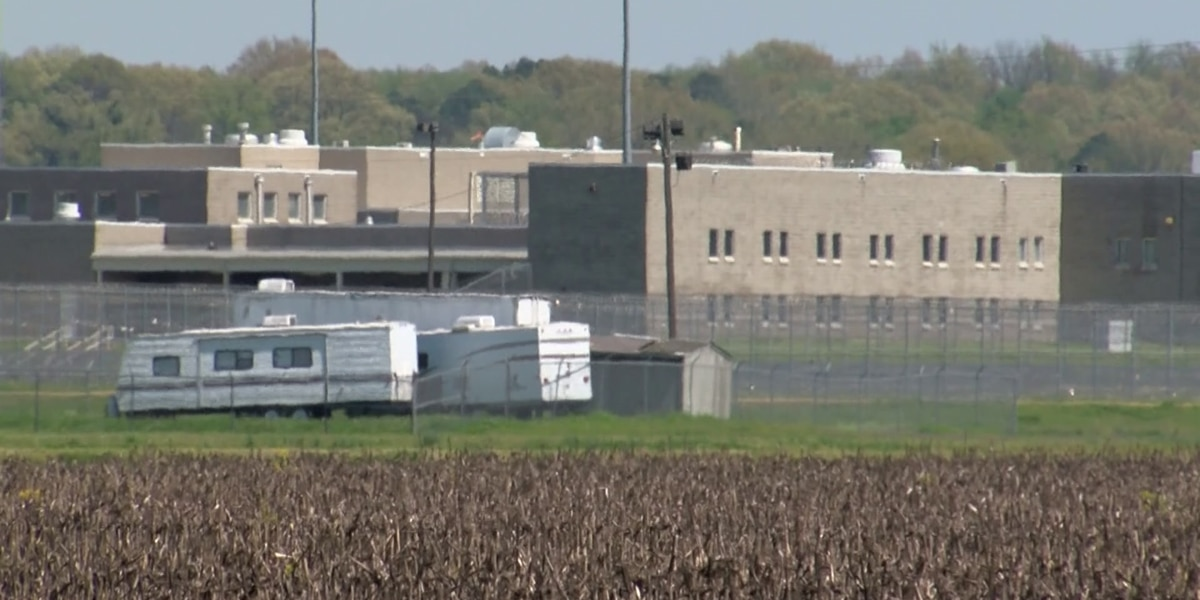 Nearly 200 active COVID-19 cases among inmates at Forrest City prison