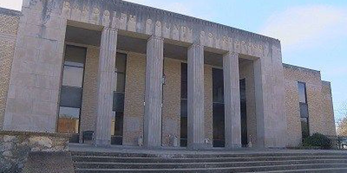 Courthouse gets video court system