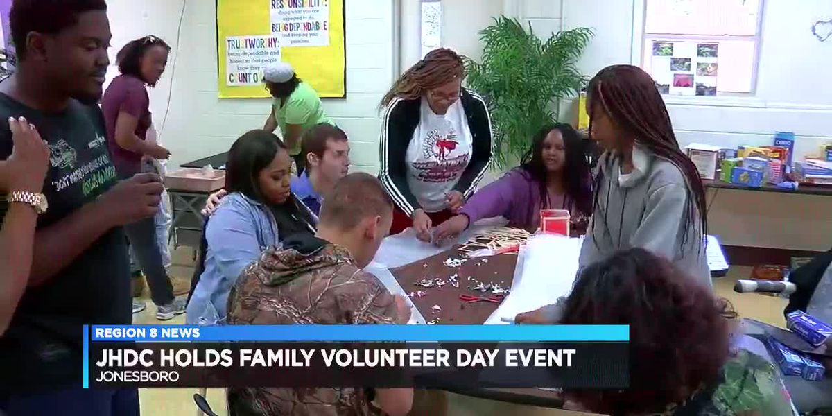 Family Volunteer Day event