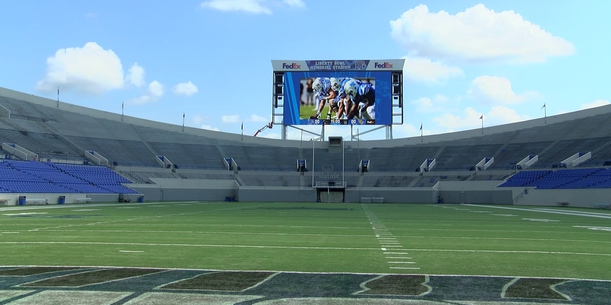 UofM now selling single-game football tickets for remaining home games