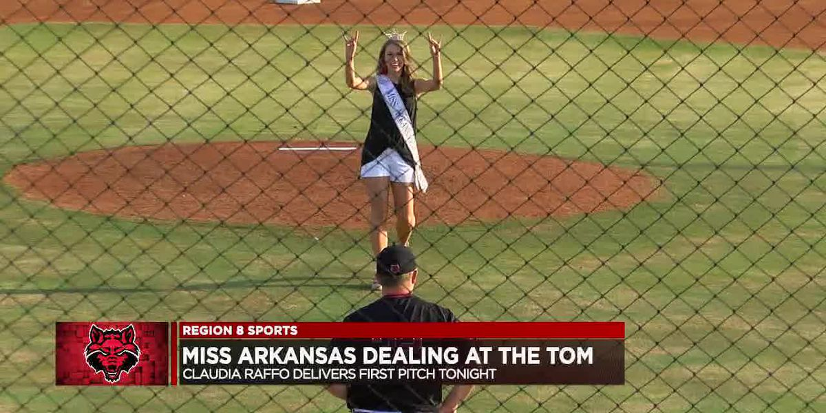 Miss Arkansas Claudia Raffo delivers first pitch, A-State baseball falls to Little Rock