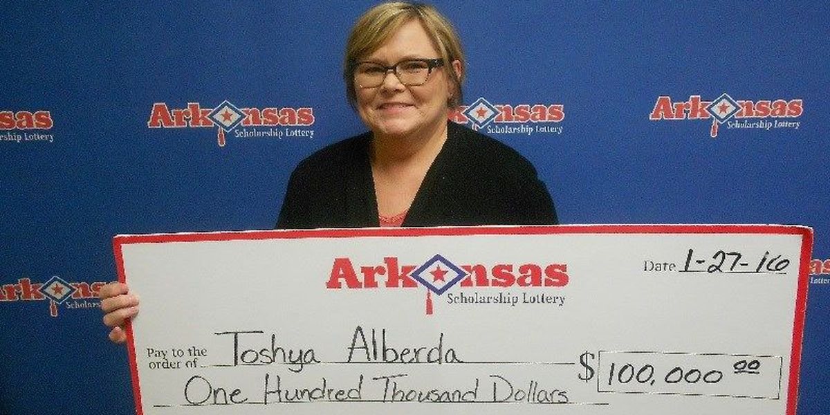 Jonesboro woman collects 'super' payout