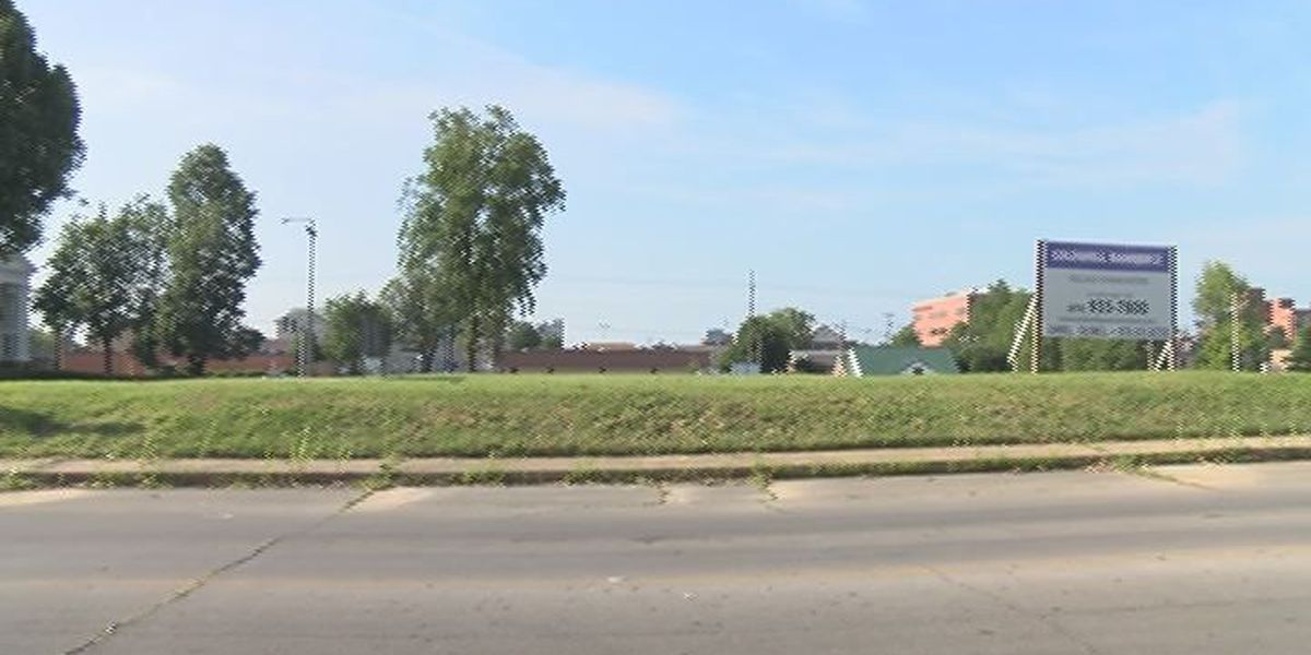 Kum and Go sells undeveloped Downtown Jonesboro property to residents