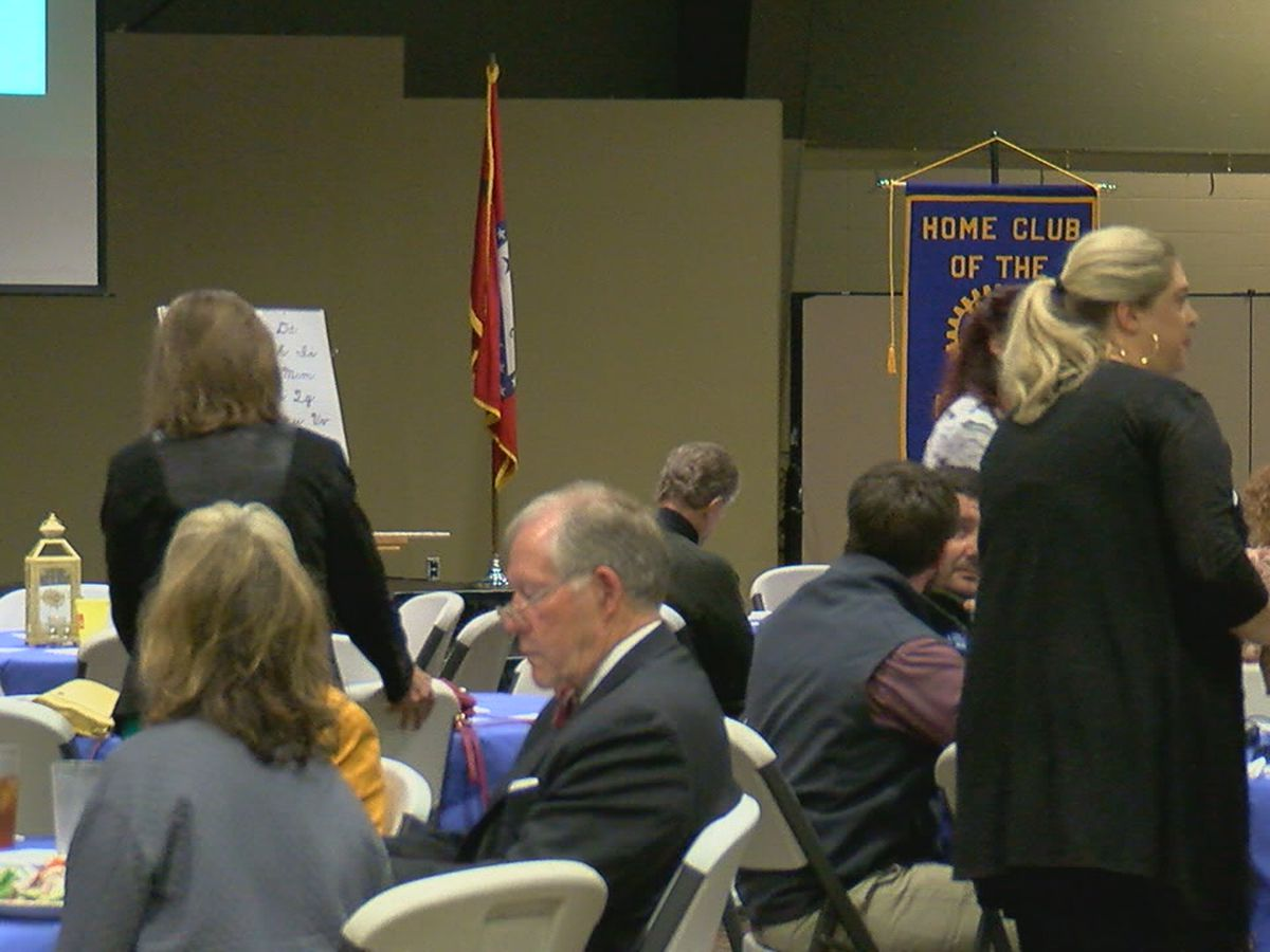 Polio survivor shares story at Rotary Club of Jonesboro