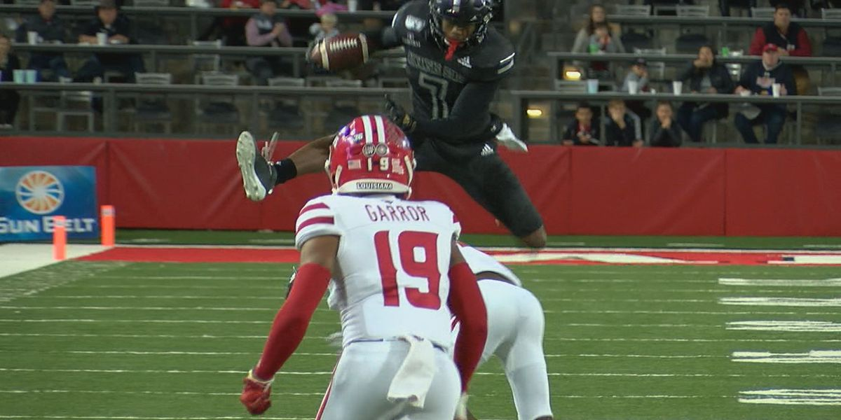 Arkansas State WR Omar Bayless named SBC Player of the Year, QB Layne Hatcher earns Freshman of the Year honors
