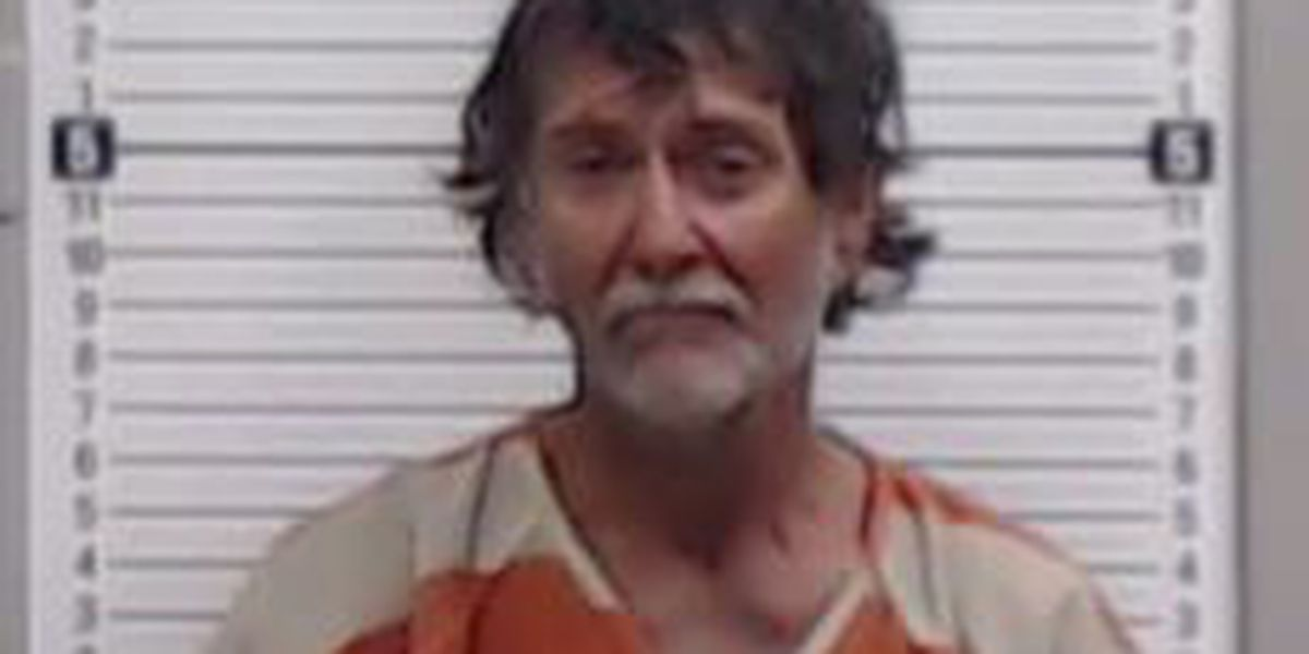 Men arrested for drugs, public intoxication, endangering welfare of minors