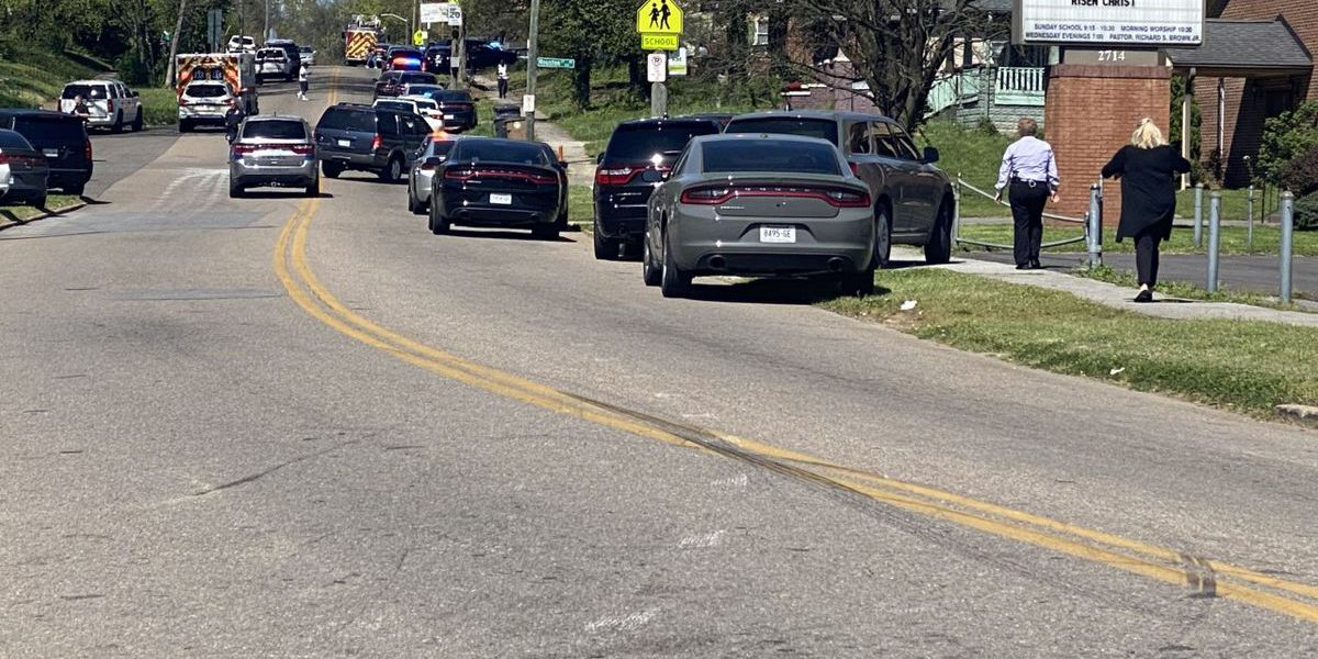LIVE: 1 dead in shooting at high school in Tenn.; 1 person detained