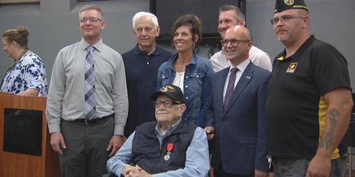 100-year-old WWII veteran awarded French Legion of Honour Medal