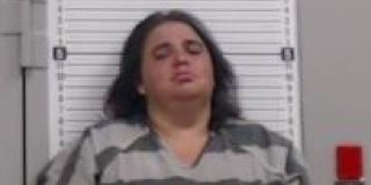Paragould woman charged with felony animal cruelty