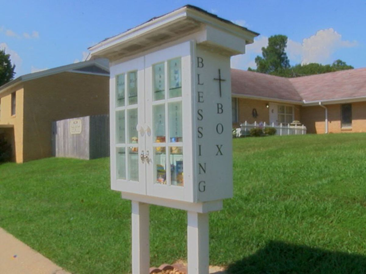 "St Paul United Methodist Church builds ""blessing box"""