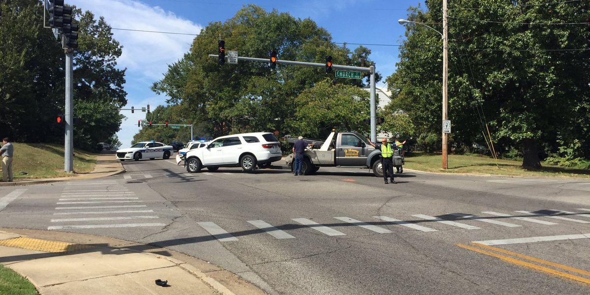 JPD officer, school employee involved in minor crash