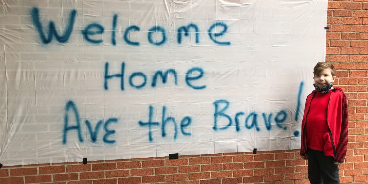 Parade welcomes home 12-year-old after nearly 3 months in hospital